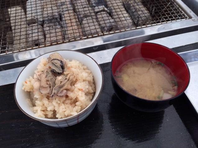 ホッコリした、牡蠣飯と牡蠣汁