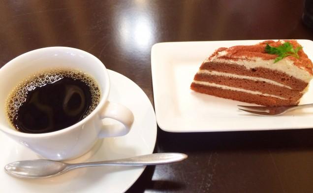 アッサリ目のティラミスとコーヒーもおいしかったです♪