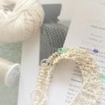 【最近の編み物事情】盛夏はすぐそこ♫きらきらのラメ糸を添えて「sandshore]を編む。